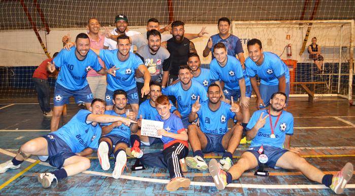 Equipe Posto JC/Lajecalhas recebeu a premiação de campeão da Força Livre Masculino