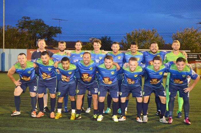 Equipe do Renegados FC/Chef Leon/Vidroauto está na final da série Prata