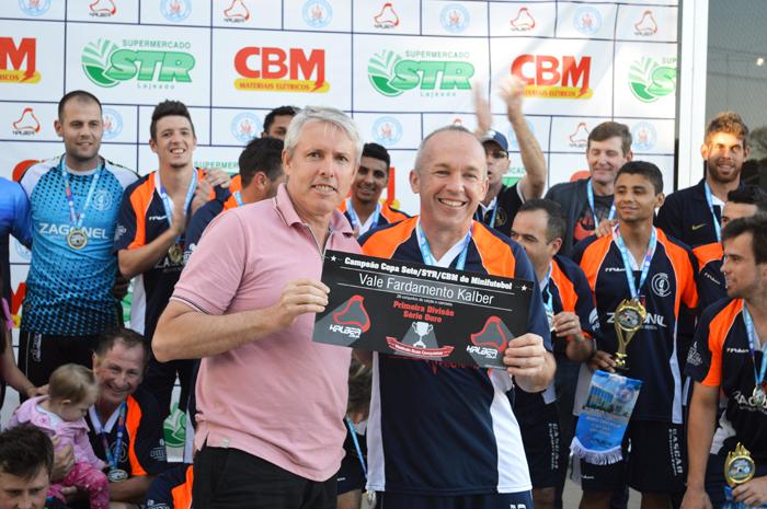 Equipe do Galera/Móveis Zagonel defende o título de campeão da Primeira Divisão do Sete.
