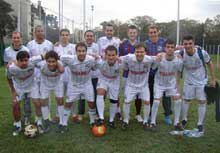 Dream Team conta com a experiência dos jogadores Guzzy Teixeira e Diego Emer para a conquista do 1º Turno da Quarta Divisão.